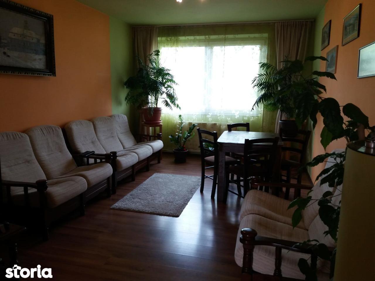 Apartament de vanzare, Maramureș (judet), Strada Ferenczy Karoly - Foto 1