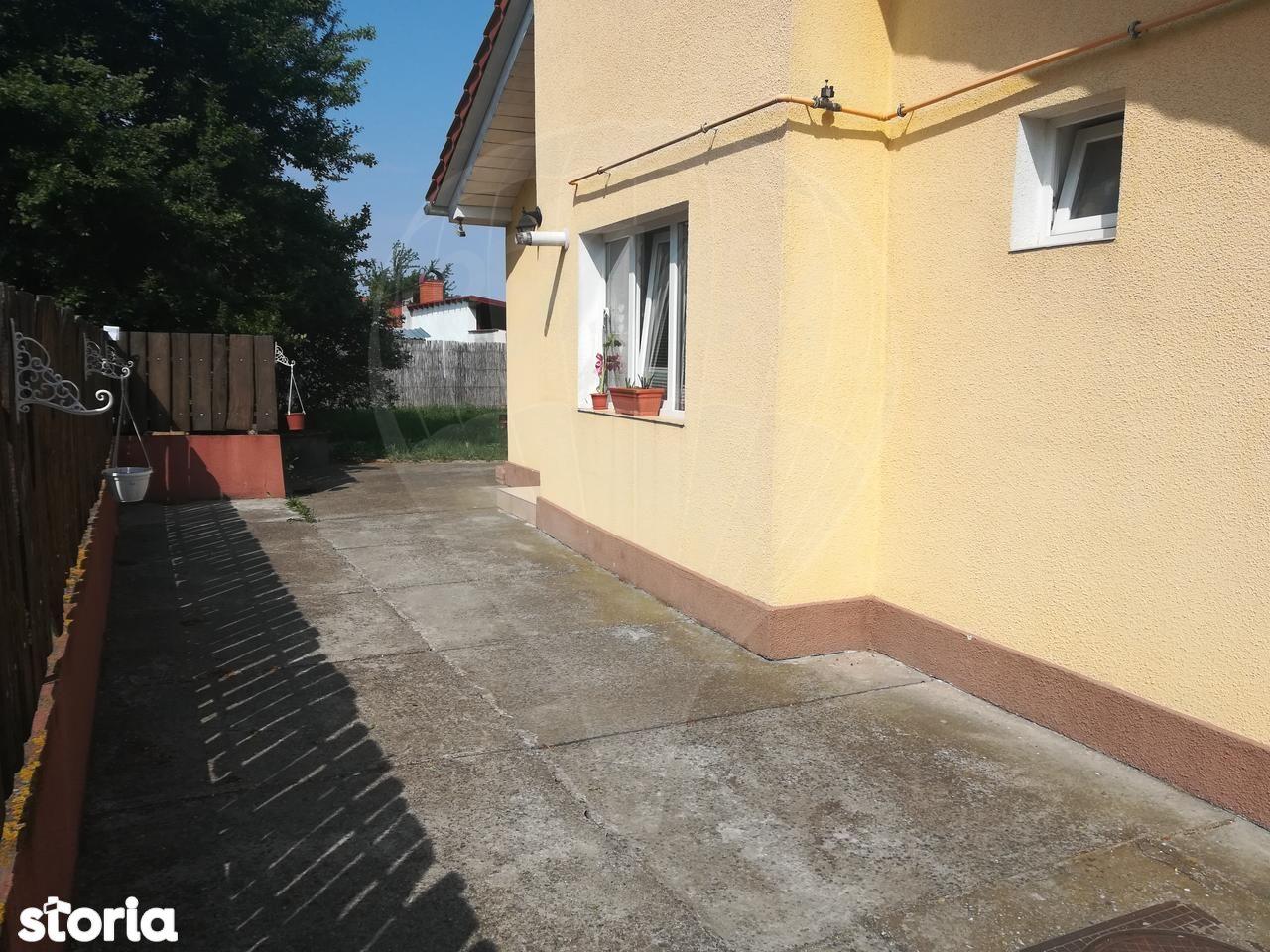 Casa de vanzare, Satu Mare (judet), Carpați 1 - Foto 2
