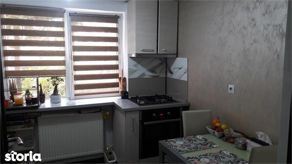 Apartament de vanzare, Argeș (judet), Strada Iancu de Hunedoara - Foto 11