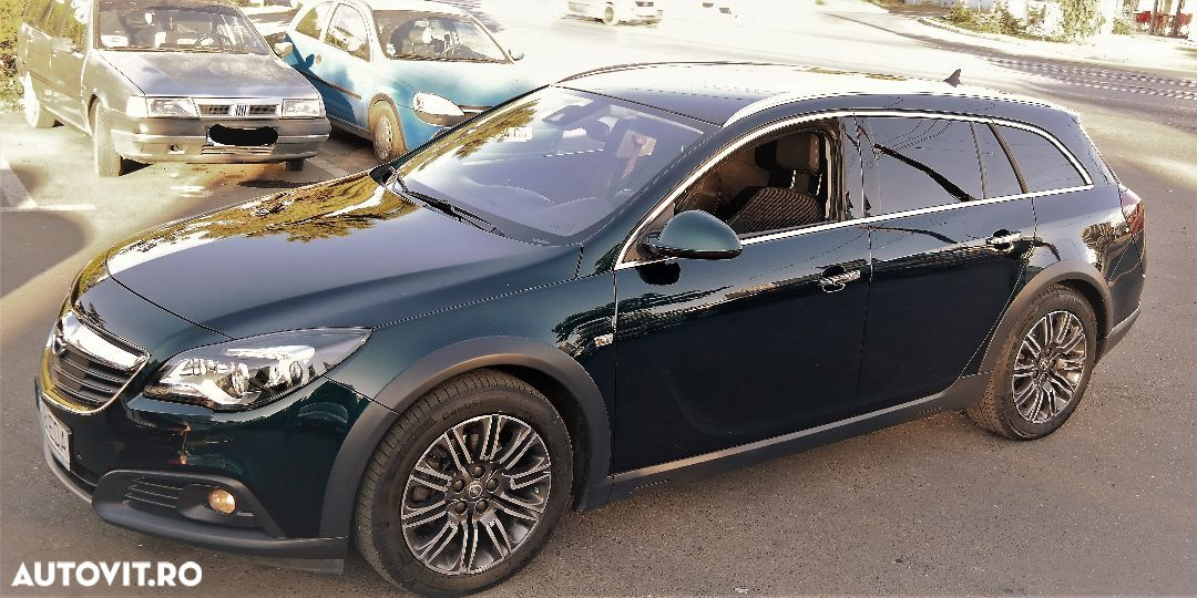 Opel Insignia COUNTRY - 22