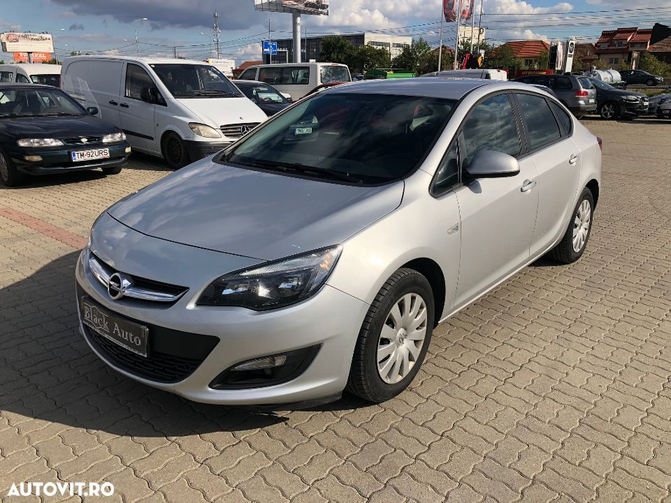 Opel Astra IV - 11
