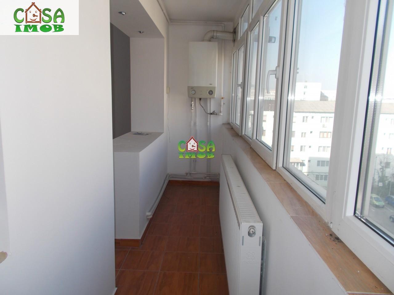 Apartament de vanzare, Dâmbovița (judet), Micro 6 - Foto 2
