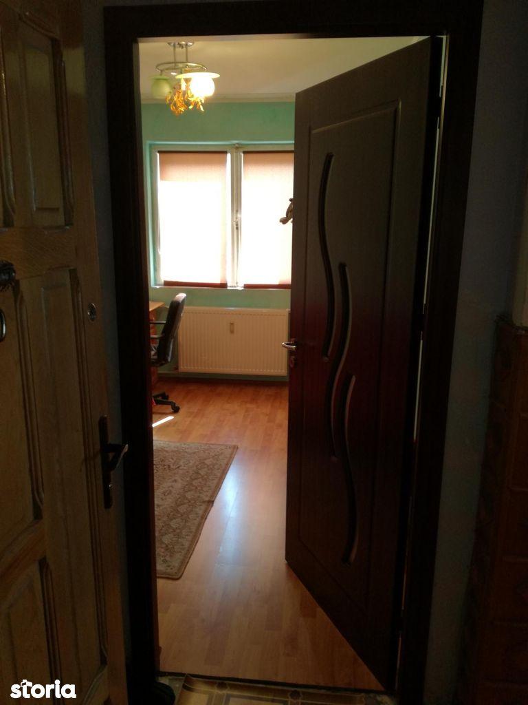 Apartament de vanzare, Vâlcea (judet), Ostroveni - Foto 1