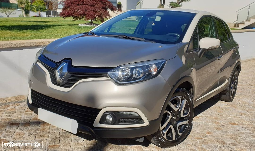 Renault Captur 1.5 DCI Exclusive S - 2