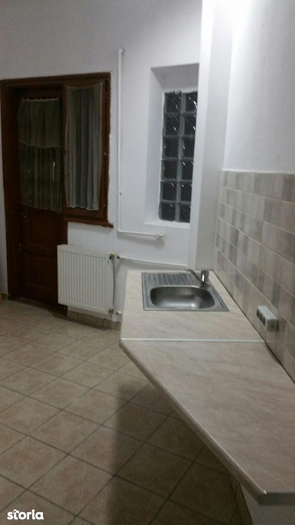 Apartament de inchiriat, București (judet), Piata Romana - Foto 8