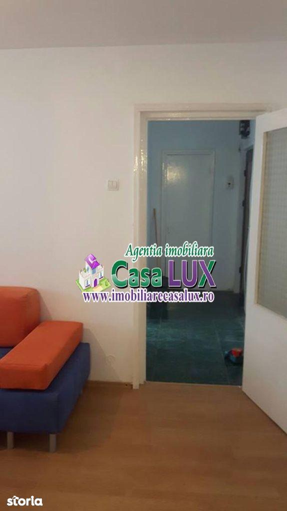 Apartament de inchiriat, Bacău (judet), Strada Bucegi - Foto 2