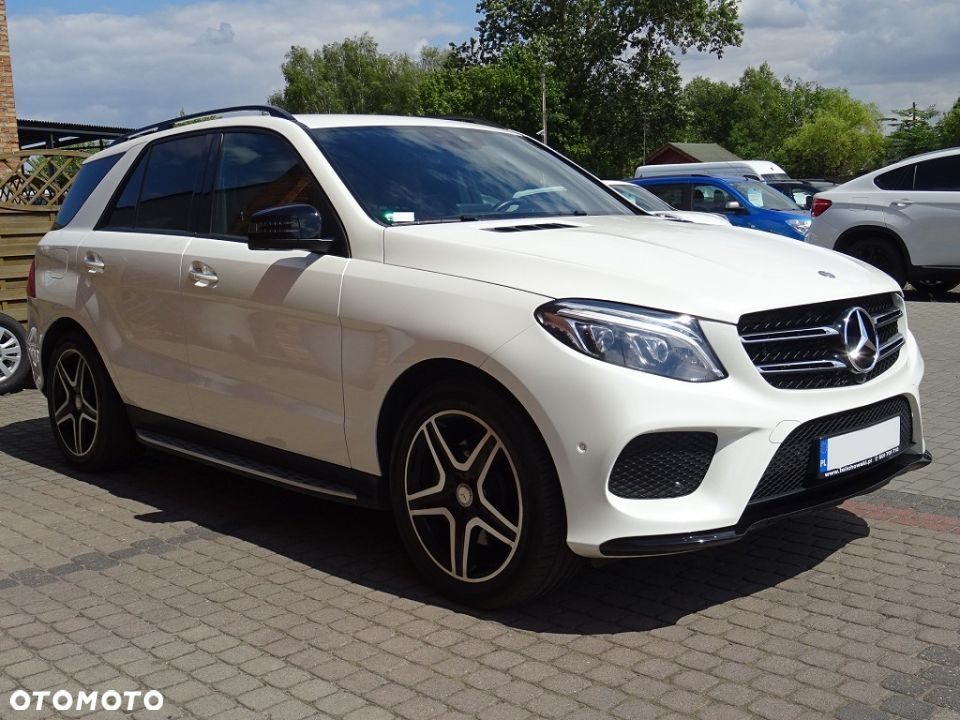 Mercedes-Benz GLE 350d 4Matic AMG LED/ILS Kamera360 Airmatic Hak - 5