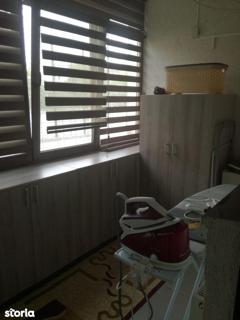 Apartament de vanzare, Vâlcea (judet), Nord - Foto 7