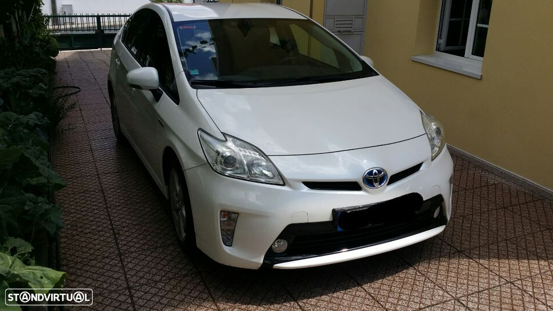 Toyota Prius Exclusive Touch&Go - 2