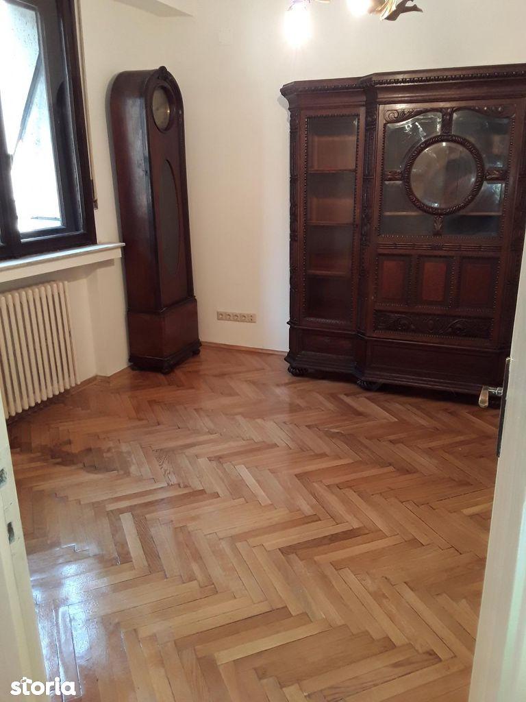 Apartament de inchiriat, București (judet), Piata Romana - Foto 10
