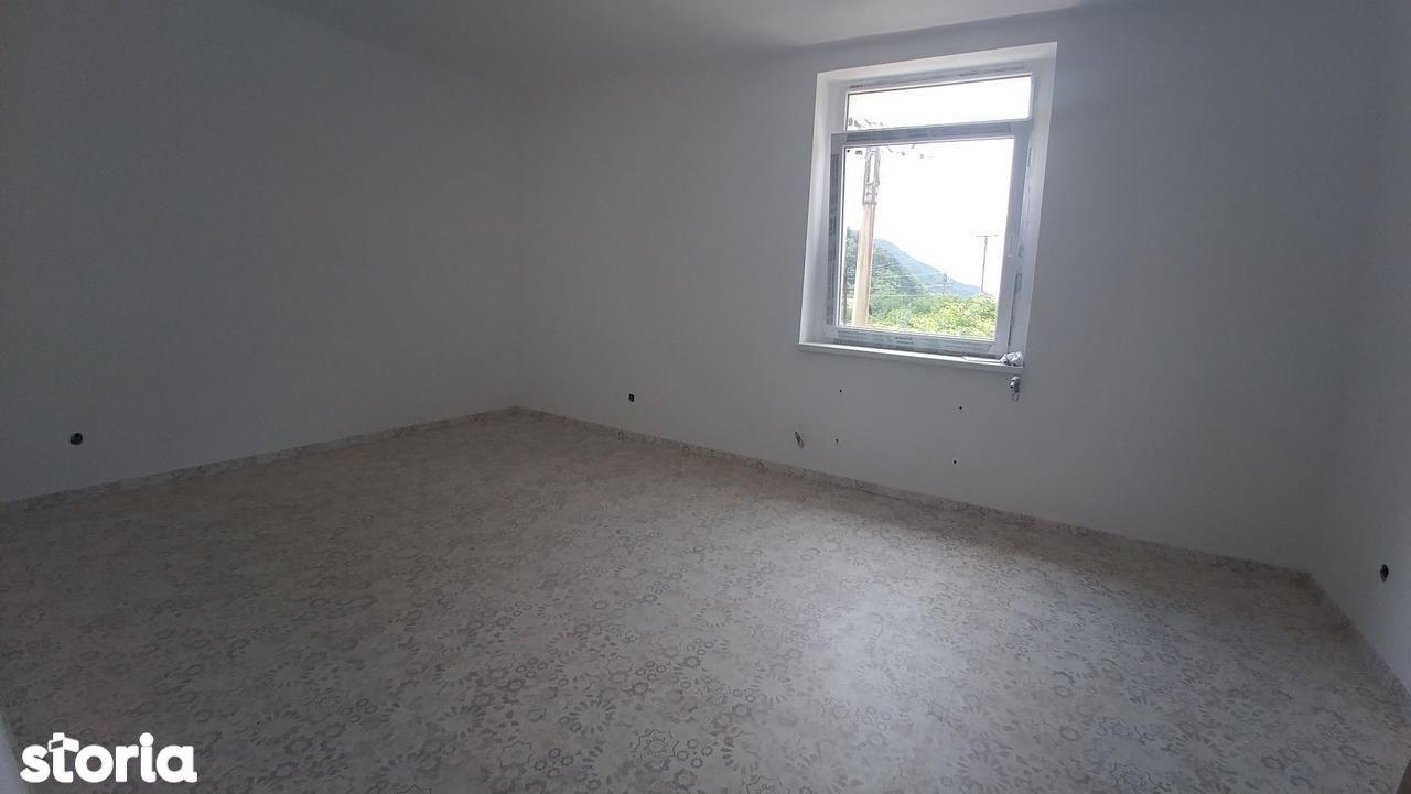 Apartament de vanzare, Maramureș (judet), Strada Arinului - Foto 2