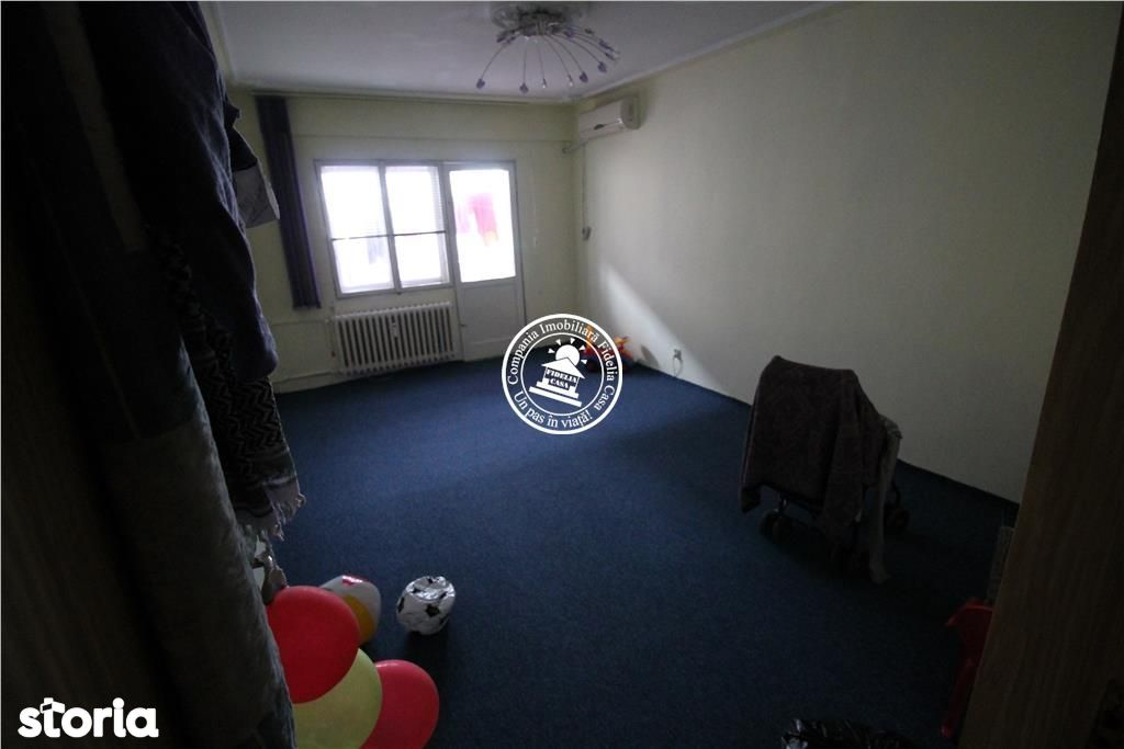 Apartament de vanzare, Iași (judet), Mircea cel Bătrân - Foto 1
