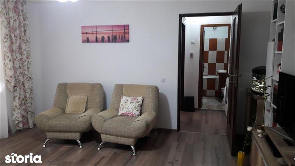 Apartament de vanzare, Argeș (judet), Strada Iancu de Hunedoara - Foto 4