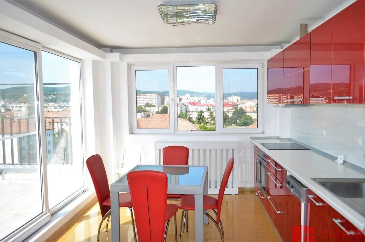 Apartament de vanzare, Vâlcea (judet), Strada Eroilor - Foto 4