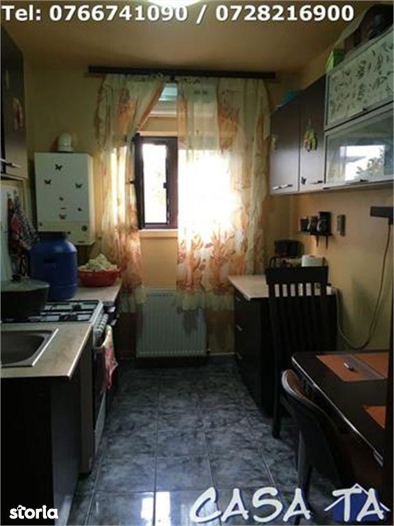Apartament de vanzare, Gorj (judet), Bulevardul Republicii - Foto 4