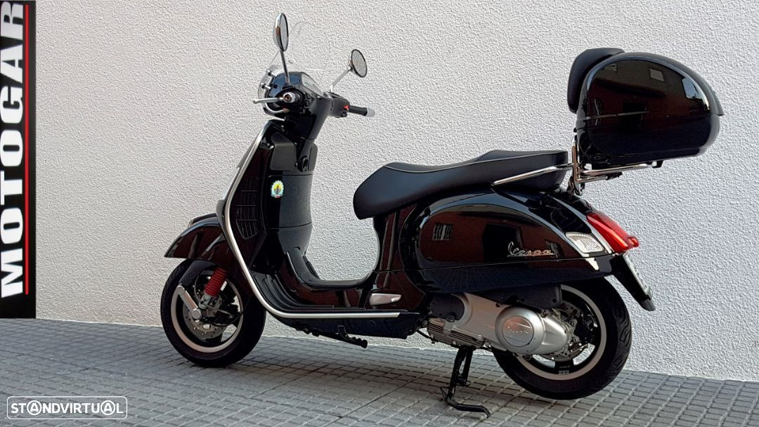 Vespa GTS Super 300 ie - 7