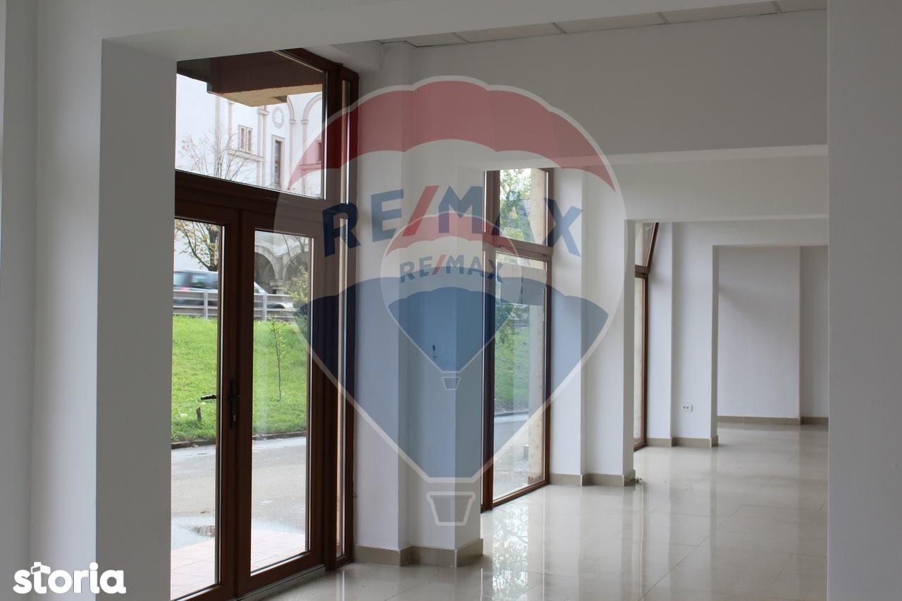 Spatiu Comercial de inchiriat, Satu Mare (judet), Bulevardul Muncii - Foto 2