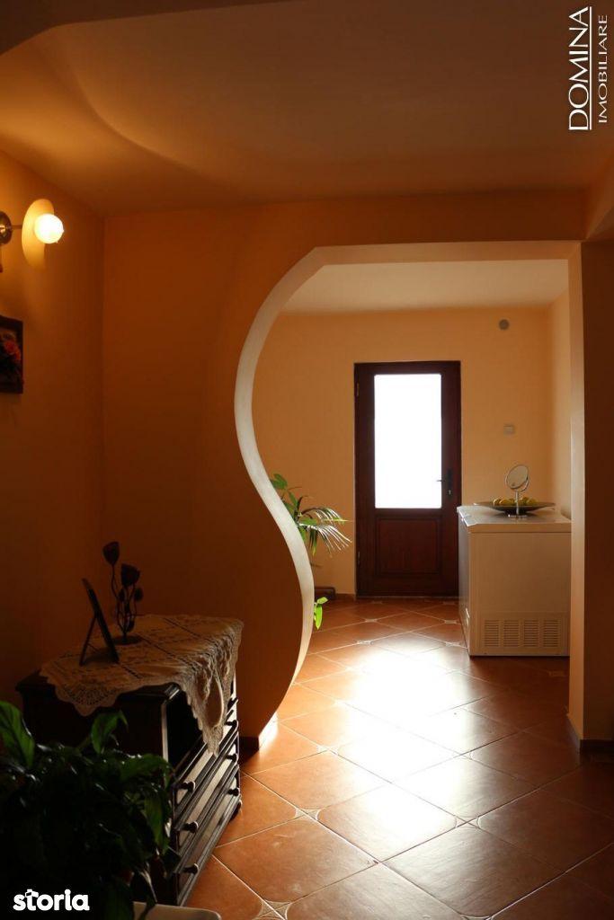 Casa de vanzare, Gorj (judet), Strada Viorelelor - Foto 16