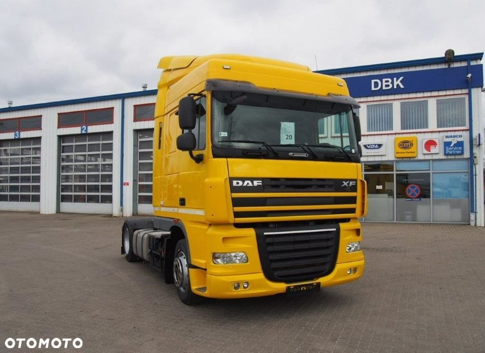 DAF FT XF 105 460 (NUMER STOCK: 20020)  Low deck - 4