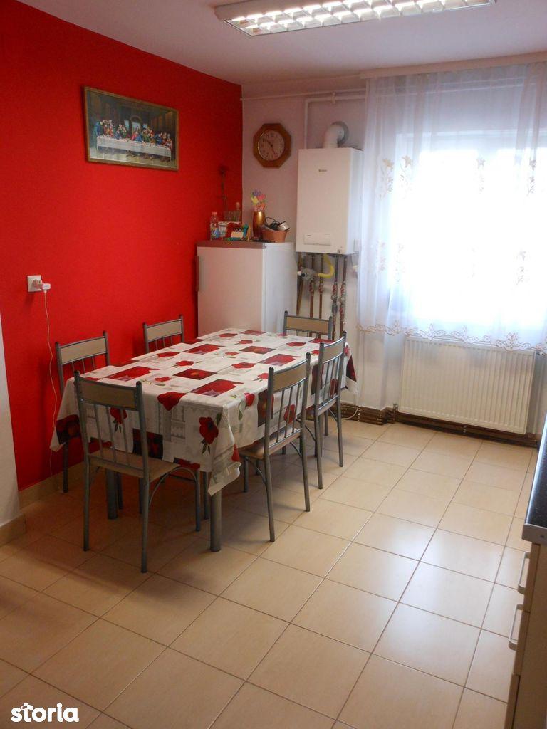 Apartament de vanzare, Arad, Podgoria - Foto 3