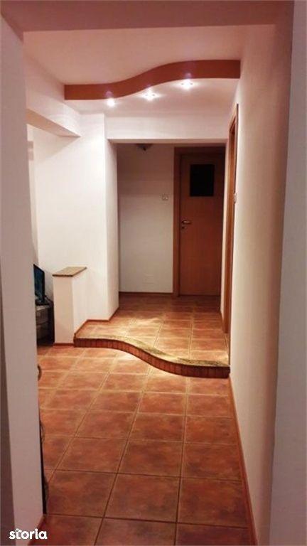 Apartament de vanzare, Argeș (judet), Strada C. A. Rosetti - Foto 4