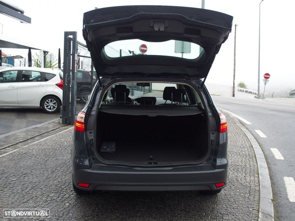 Ford Focus SW 1.6 TDCI Trend Econetic - 13