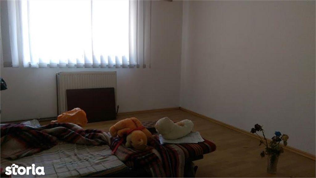 Apartament de vanzare, Brașov (judet), Strada Ștefan cel Mare - Foto 4