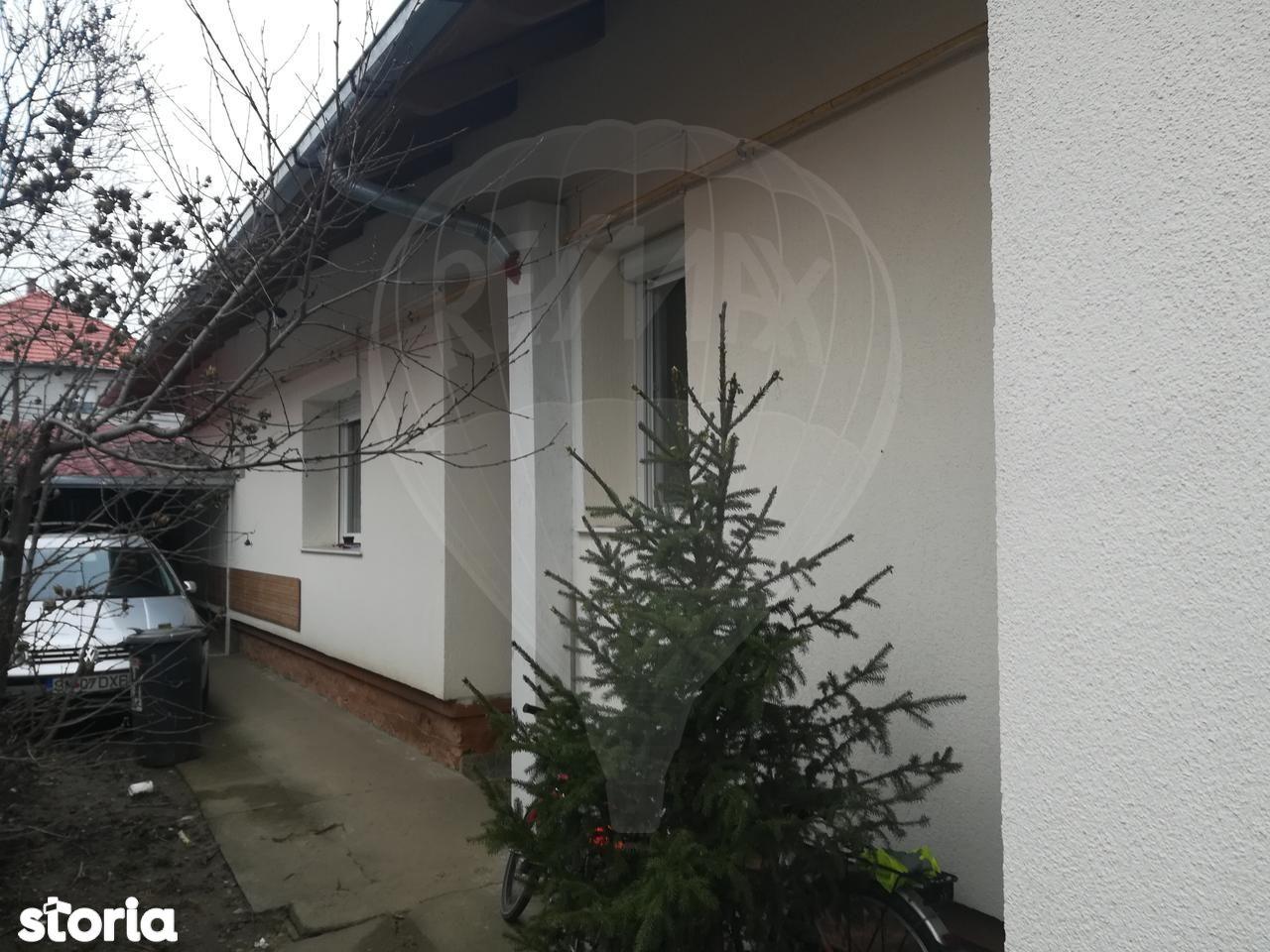 Casa de vanzare, Satu Mare (judet), Centrul Nou - Foto 1