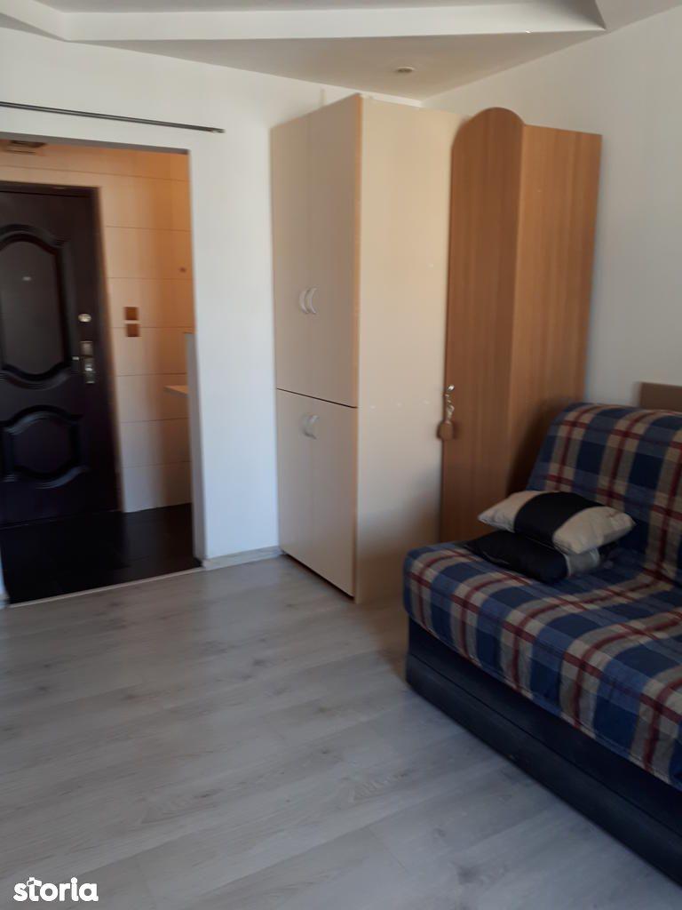 Apartament de vanzare, Constanța (judet), Bulevardul 1 Mai - Foto 1