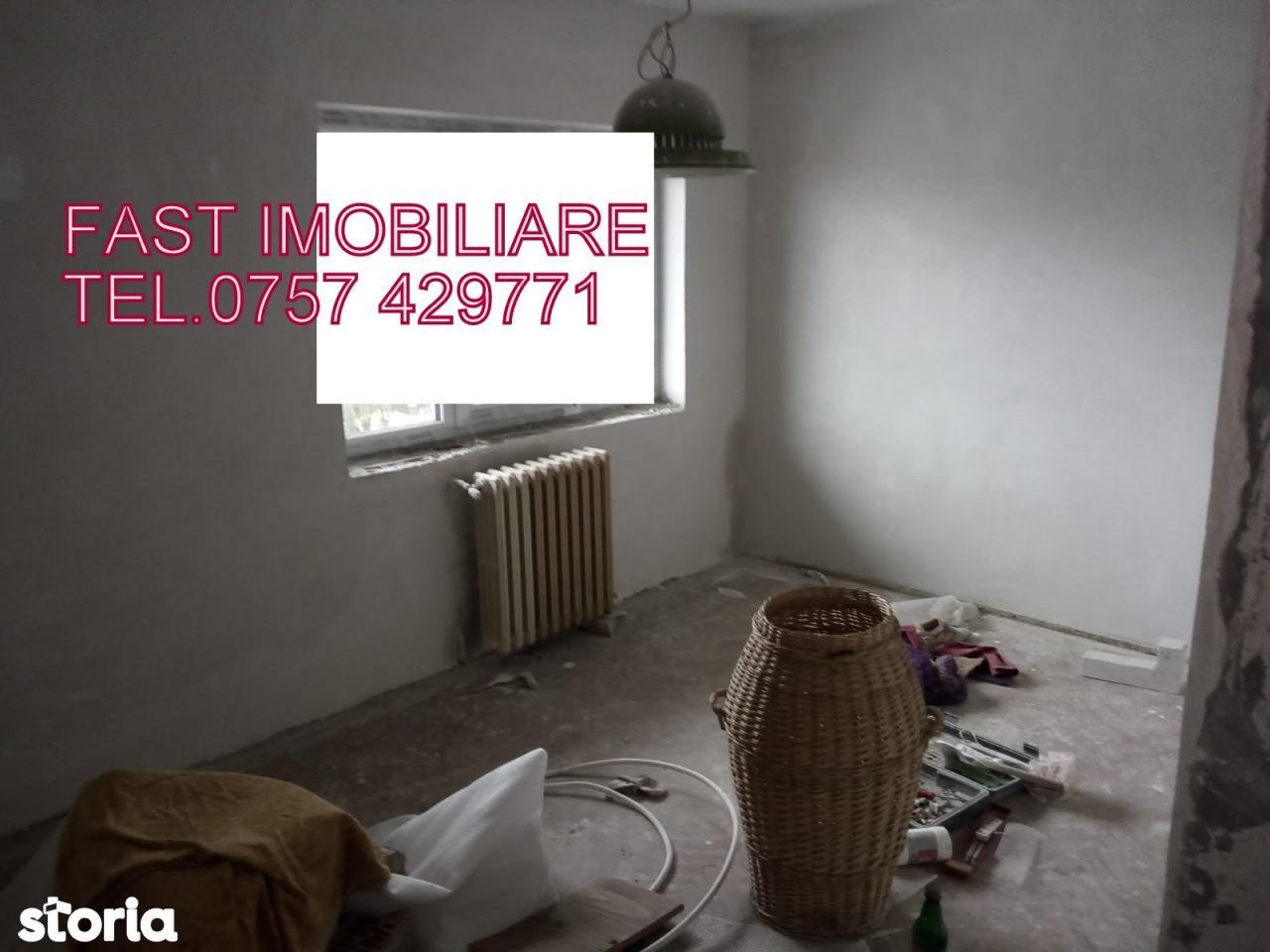 Apartament de vanzare, Argeș (judet), Sătic - Foto 9