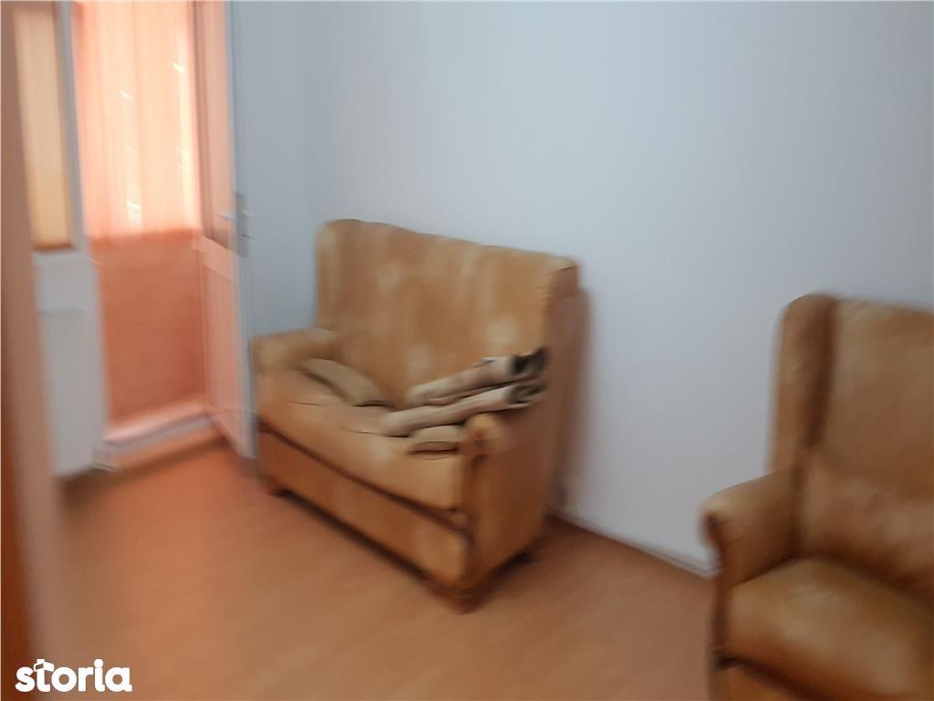 Apartament de vanzare, Argeș (judet), Strada Viilor - Foto 2