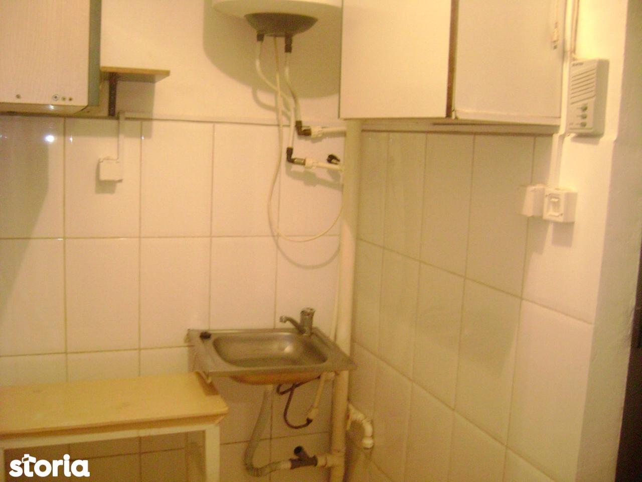 Apartament de vanzare, Constanța (judet), Strada Sublocotenent Bogdan Vasile - Foto 9