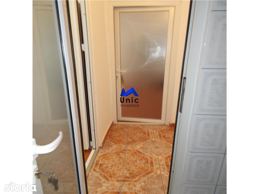 Apartament de vanzare, Dâmbovița (judet), Micro 4 - Foto 16