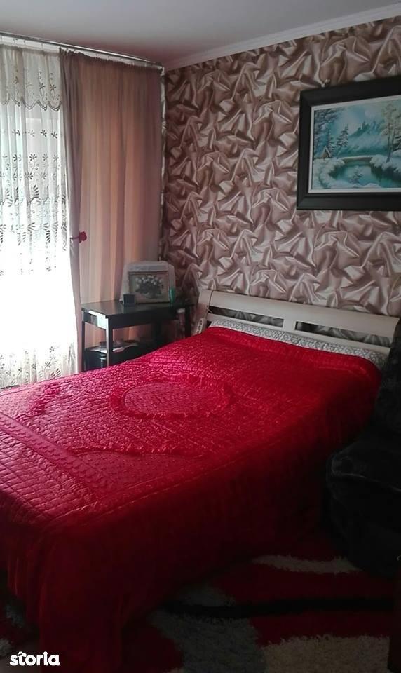 Apartament de vanzare, Neamț (judet), Roman - Foto 2