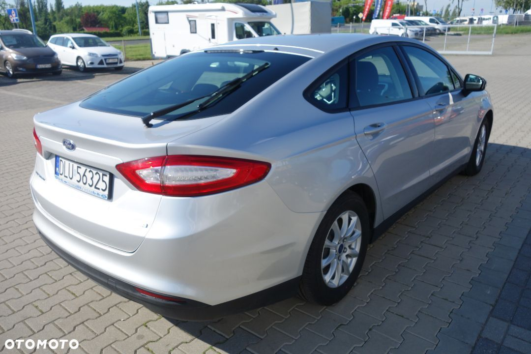 Ford Mondeo 1.5 EcoBoost 160 KM, M6, FWD Ambiente 5 drzwiowy - 4
