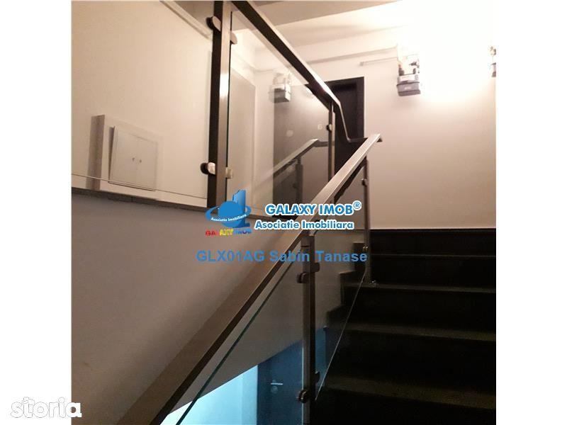 Apartament de vanzare, Argeș (judet), Bulevardul Frații Golești - Foto 3
