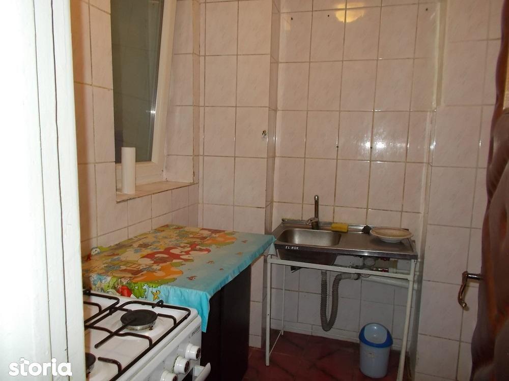 Apartament de vanzare, București (judet), Tei - Foto 11