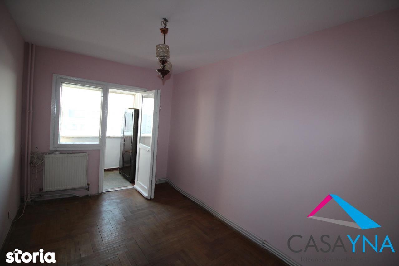 Apartament de vanzare, Bacău (judet), Bazar Letea - Foto 1