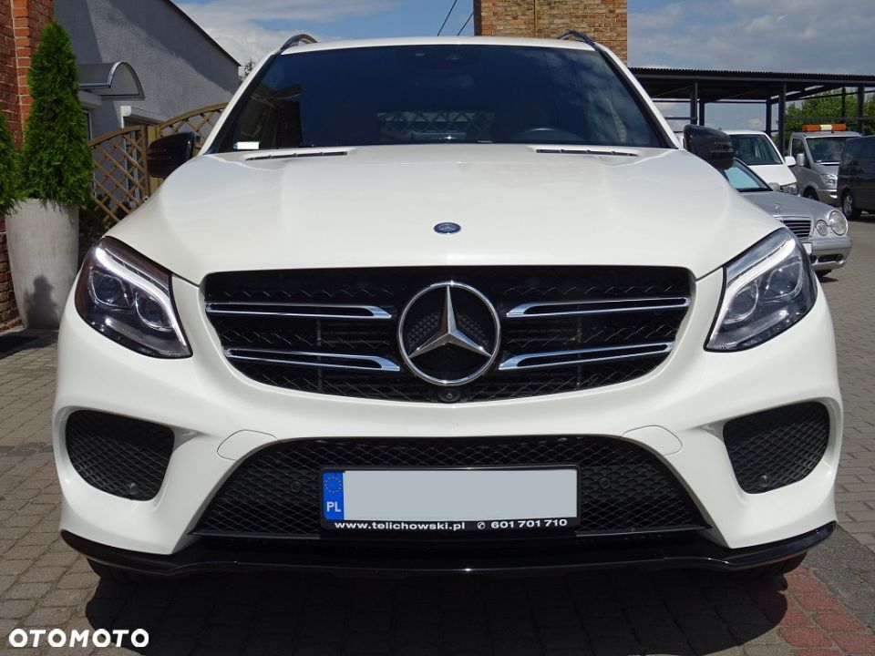 Mercedes-Benz GLE 350d 4Matic AMG LED/ILS Kamera360 Airmatic Hak - 6