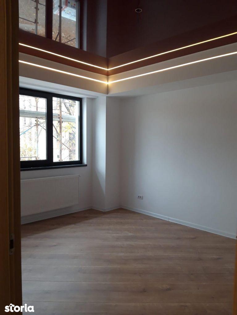 Apartament de vanzare, București (judet), Aleea Botorani - Foto 1