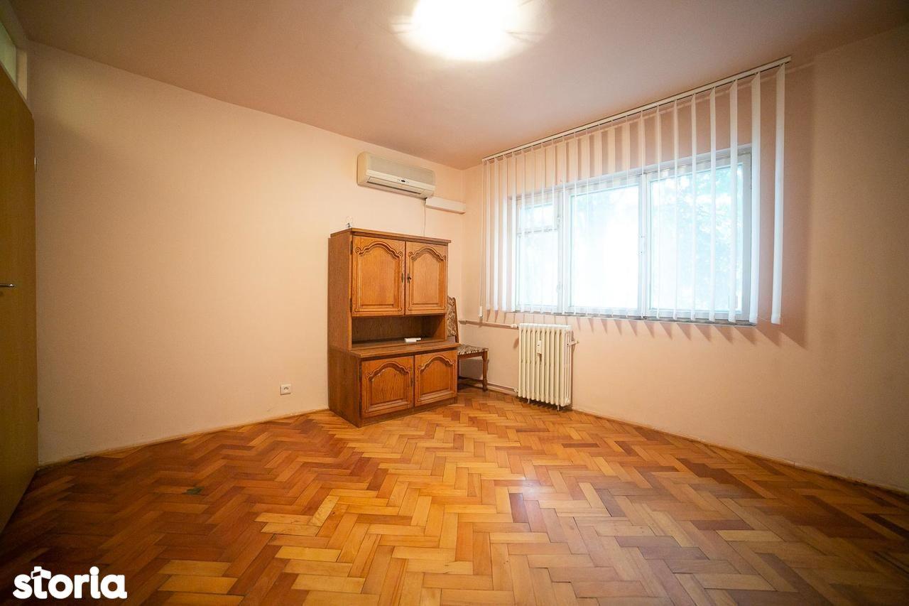 Apartament de vanzare, Arad (judet), Strada Cornel Radu - Foto 8