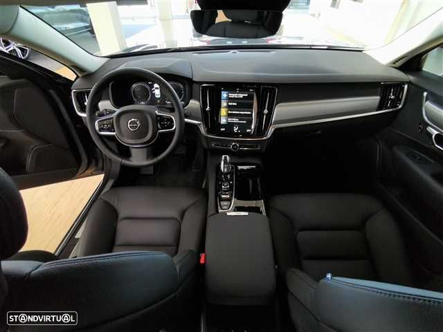 Volvo S90 2.0 T8 Momentum AWD Geartronic - 10