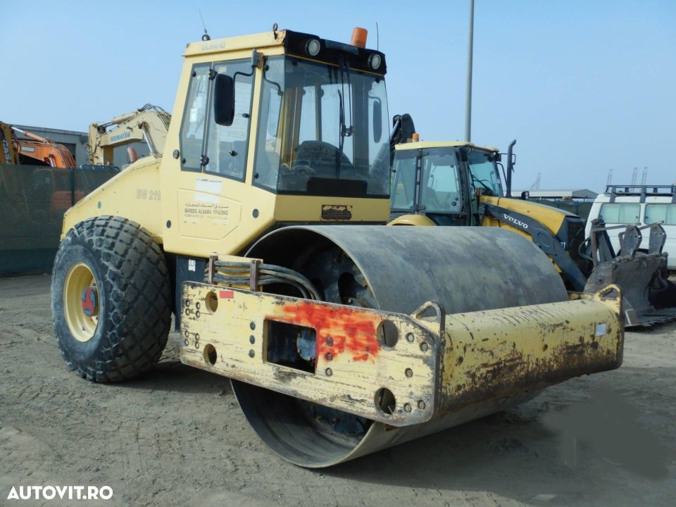 Bomag BW 211D -40 Cilindru compactor - 2