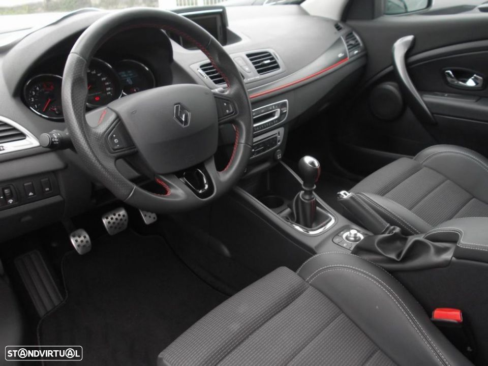Renault Mégane Coupe 1.5 dCi GT Line SS - 17