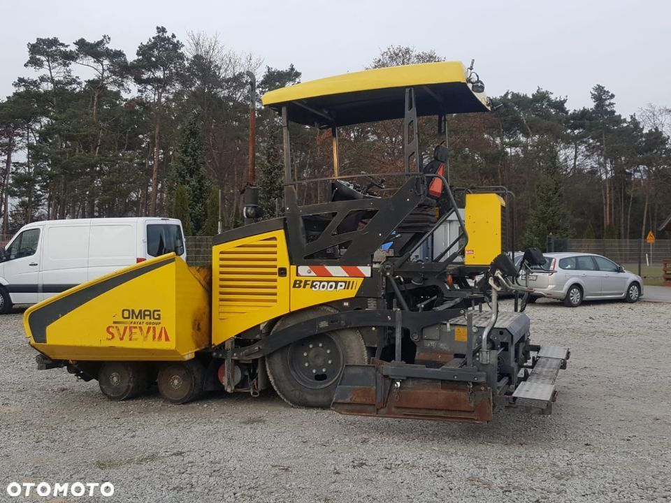 Bomag BF 300P - 1