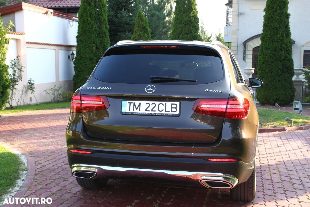 Mercedes-Benz GLC 220 - 8