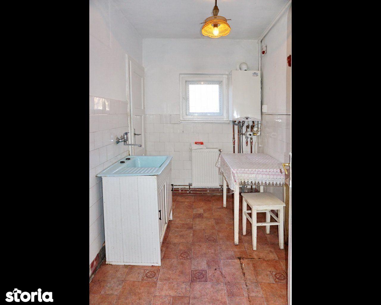 Apartament de vanzare, Brașov (judet), Strada Petru Rareș - Foto 7
