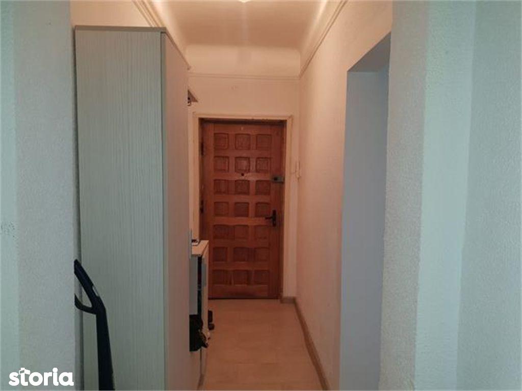Apartament de vanzare, Argeș (judet), Aleea Teilor - Foto 3