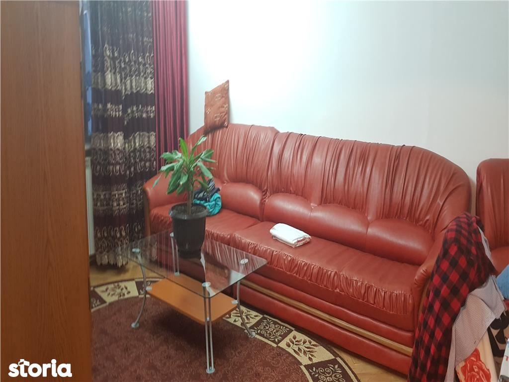 Apartament de vanzare, Argeș (judet), Strada Popa Șapcă - Foto 1