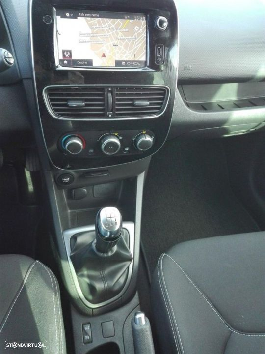 Renault Clio Sport Tourer 1.5 DCi Limited - 6